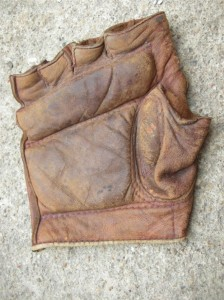 fingerless-ebay-glove-resized