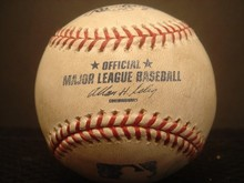 Barry Bonds\' 715th home run ball sold ofr 0,000 in 2006
