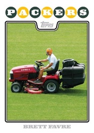 Topps 2008 Brett Favre lawnmower variation